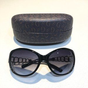 Guess sunglasses with case